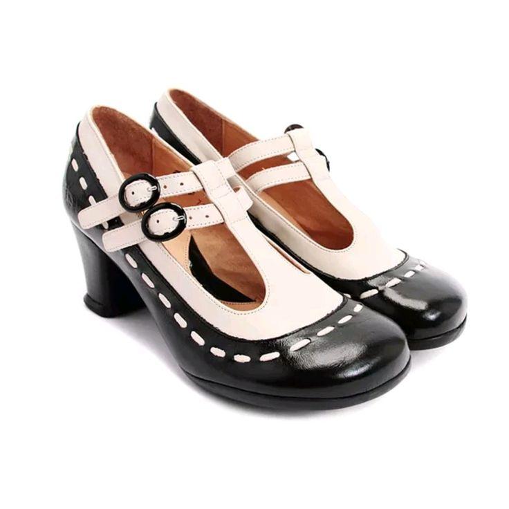 Operetta Brightman black & white 8 or 8.5