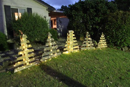 Pallet art Christmas trees