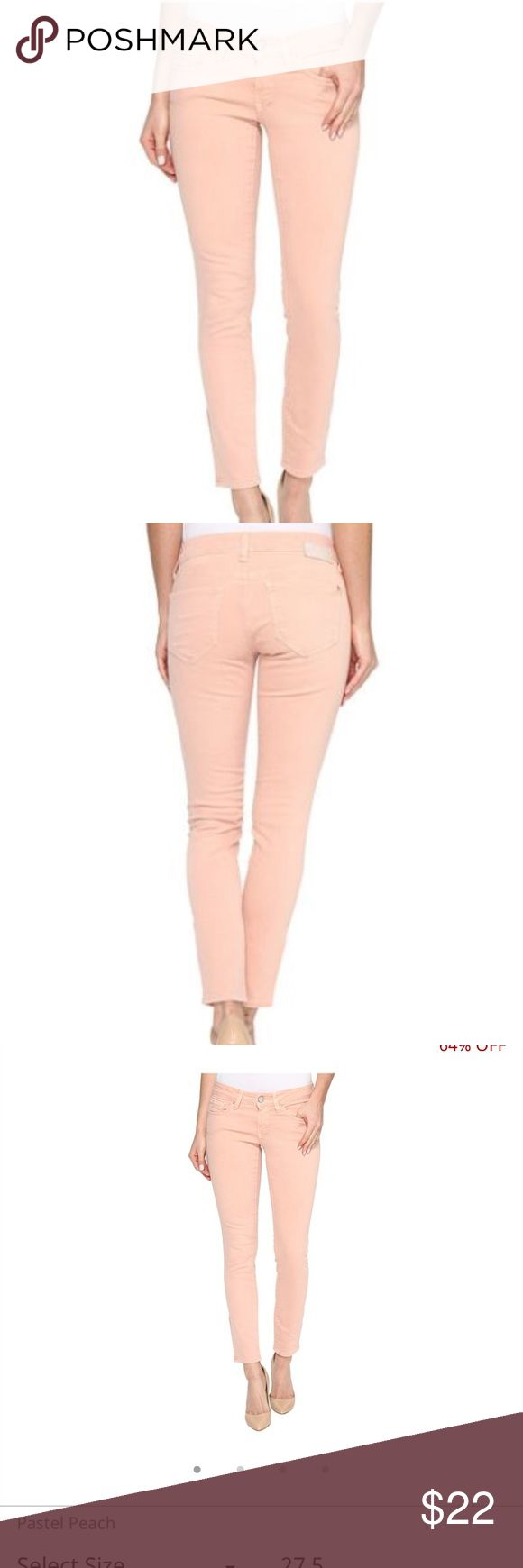 MAXI ALEXA ANKLE JEANS IN PASTEL PINK 🔥NWT🔥 The Alexa Ankle boast a mid rise, super skinny leg, and cropped hem perfect for flaunting footwear. This pair is a size 26, in the color Pastel Pink and is marked 75% OFF Mavi Jeans Ankle & Cropped