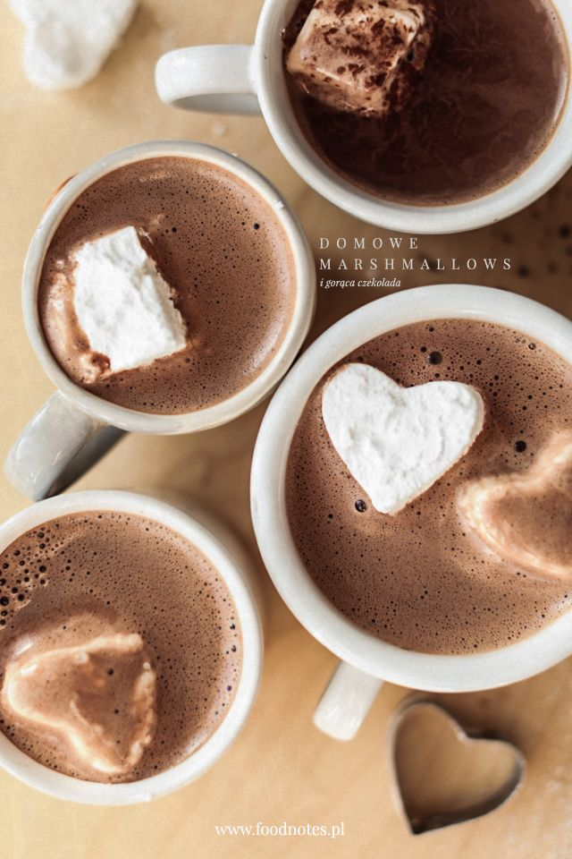Domowe marshmallows i czekolada / Homemade marshmallows with hot chocolate