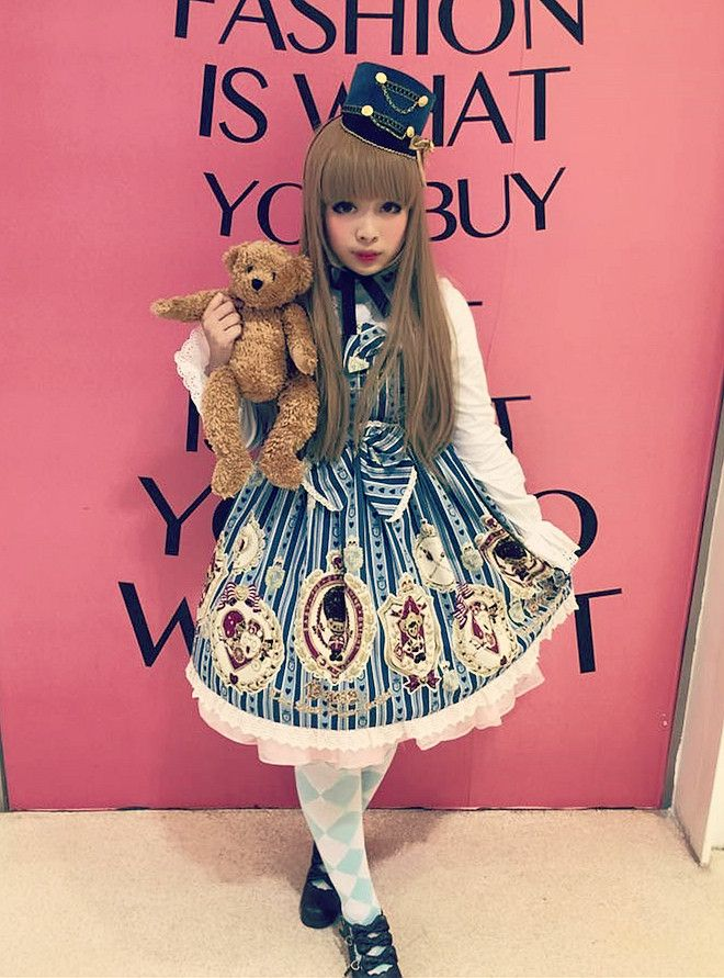 "juliettepretty: "" Today coord at Fuyu Matsuri ~ ★ Jsk: BTSSB Kuma Kumya's Royal Kingdom ★ Blouse: Bunny House Créme Ribbon ~ Holy Christmas ★ OTK's socks: Taobao ★ Shoes: Bodyline ★ Accessories: BTSSB Kuma Kumya's Royal Kingdom """