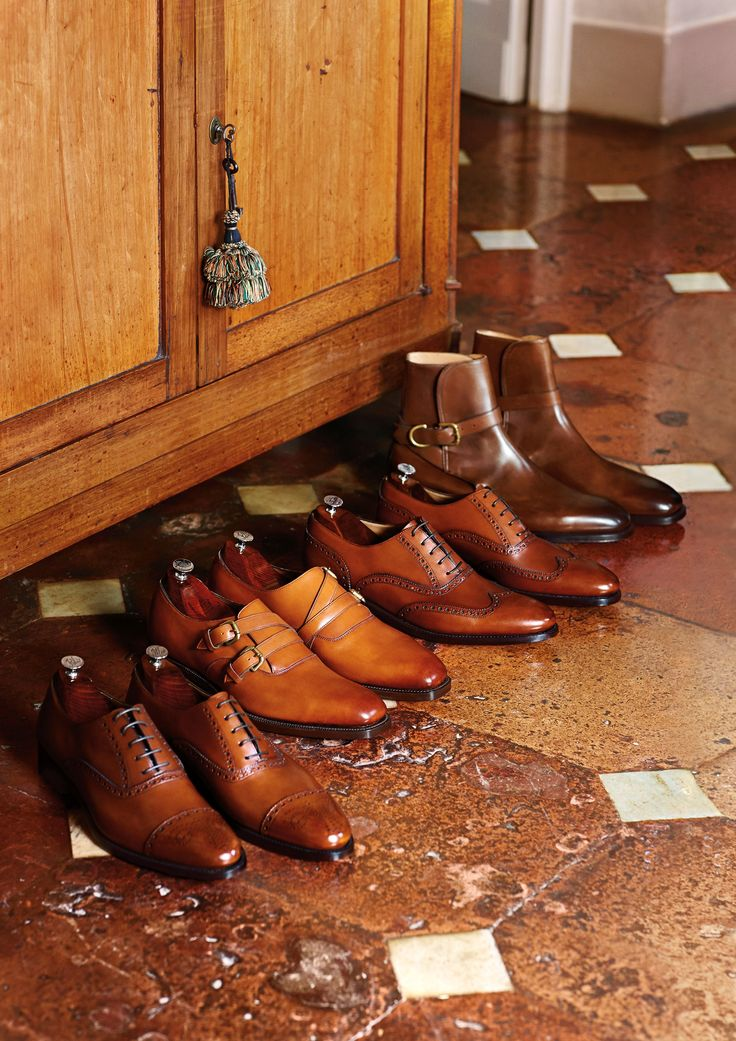 Benchmade and handcrafted: Ralph Lauren shoes for men.  #menshoes