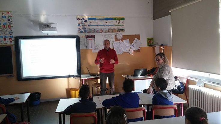 11/3/2016. Scuolartigiana. Luca Baglioni e le Energie Rinnovabili con i bambini della Scuola Elementare di Piandiscò