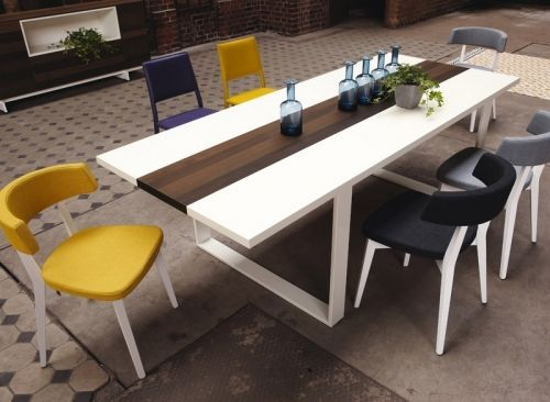 Now! by Hülsta dining table