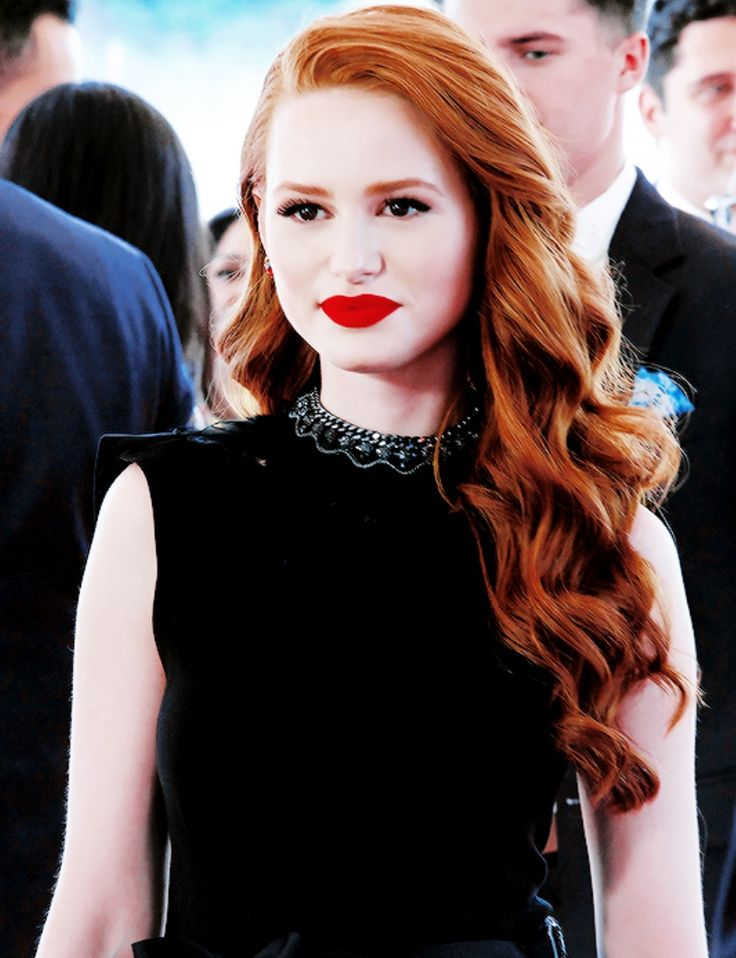 Eva Brandon- 15 years old,5th year prefect, Beater of the Slytherin team