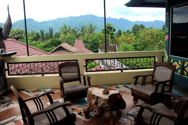 Omah Eling Borobudur Guest House, Cafe and Art Gallery