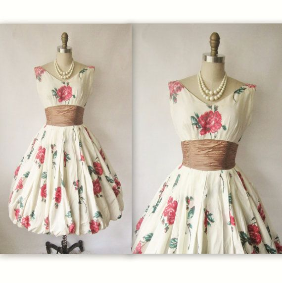 50's Floral Dress // Vintage 1950's Floral by TheVintageStudio