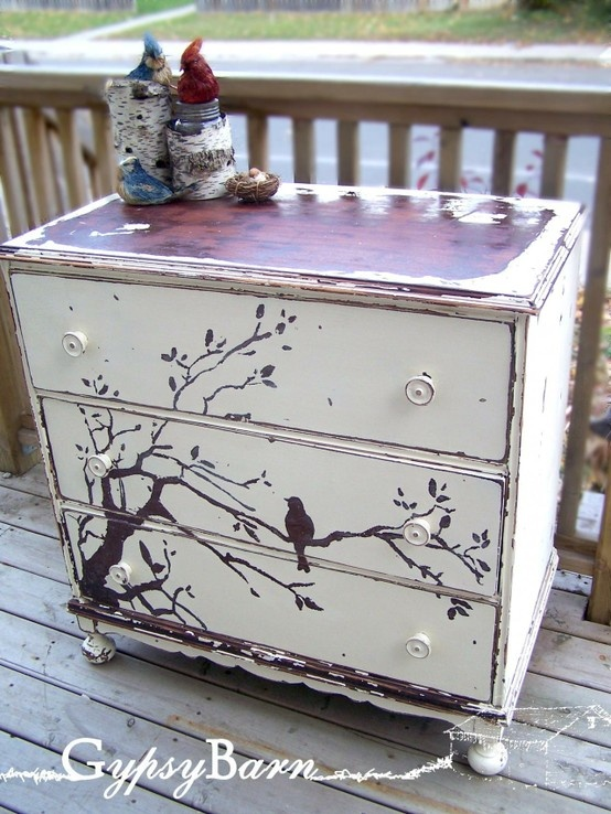 adorable paint job!! Maybe do this backwards with the dresser black, and the bird in white.