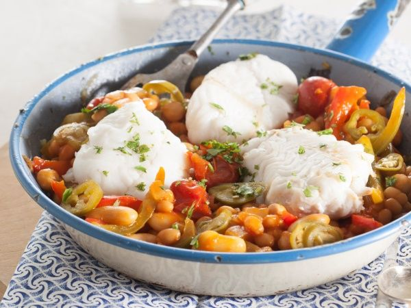 Low GI fish chilli beans • This delicious fish poached in tomato and bean sauce can be enjoyed any time of the day.