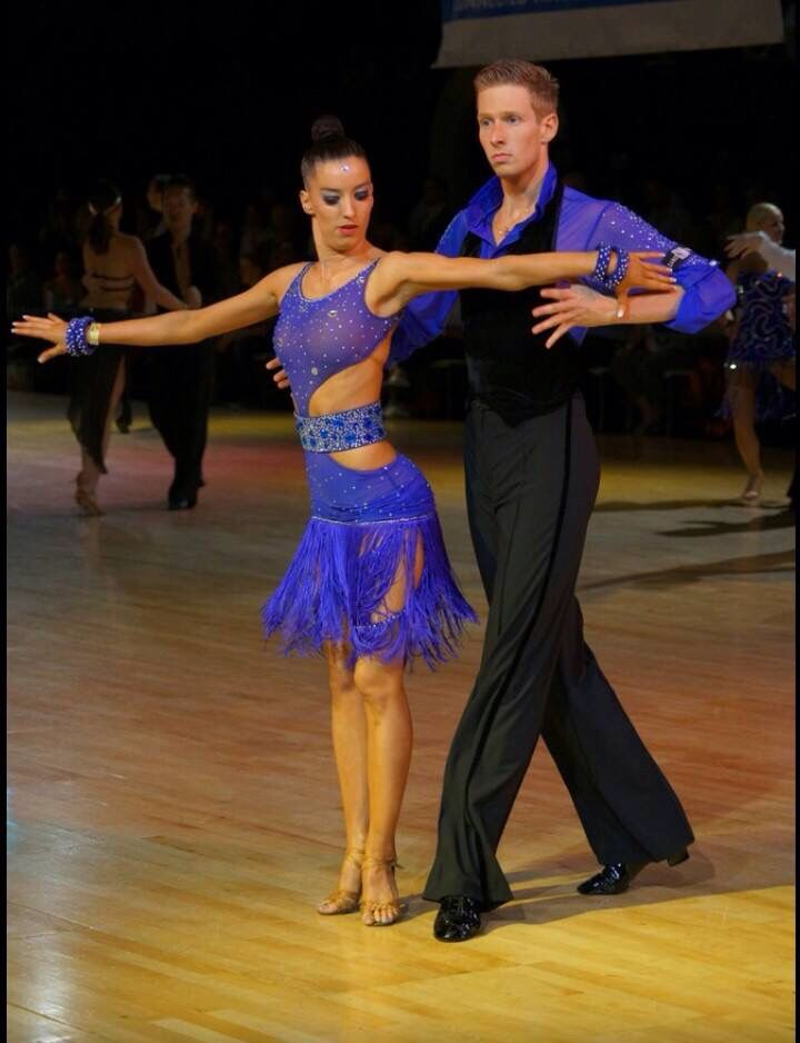 Lisa Damen - blauwe jurk