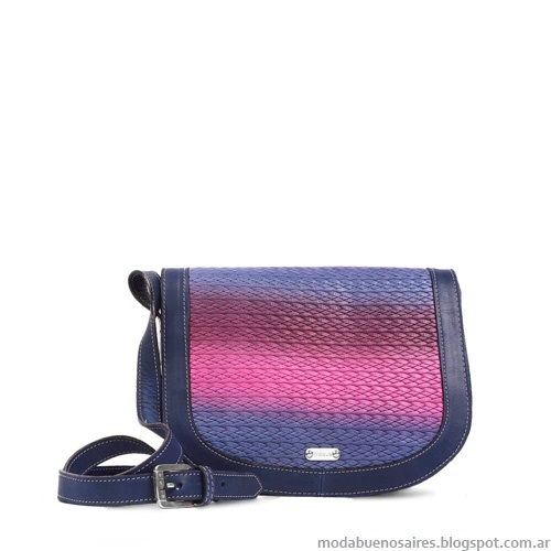 Cartera look urbana. Blaque