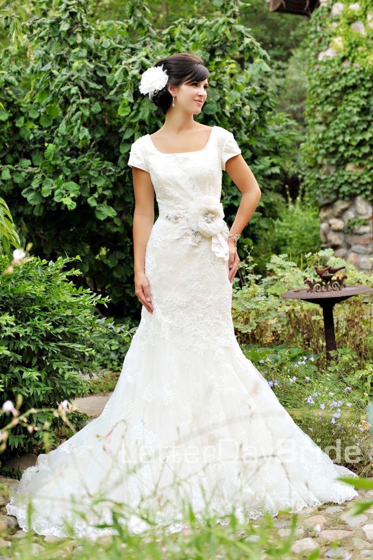 29 best jill duggar mock wedding images on pinterest for Elegant modest wedding dresses