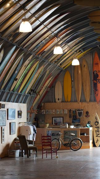 Bird's surfshed, San Diego
