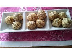 Asiatische gefüllte süße Sesambällchen