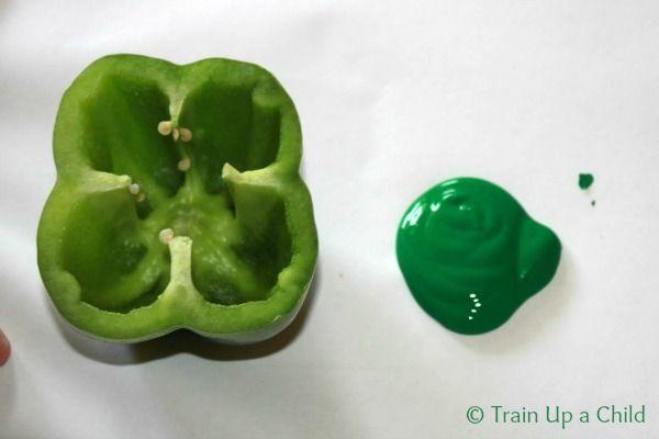Bell Pepper Shamrocks #crafts #kids #stpatricks