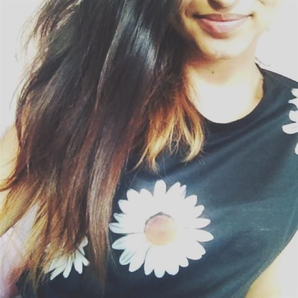 daisies everywhere by ishara merhai
