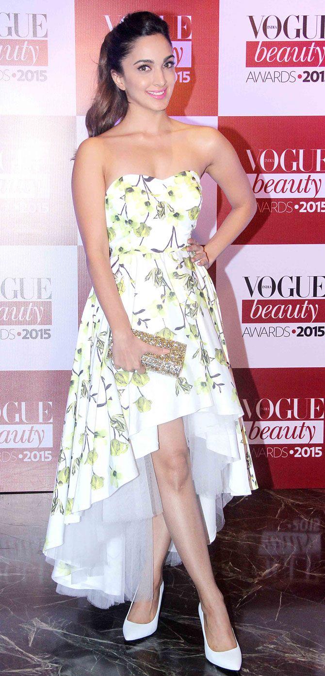 Kiara Advani at Vogue Beauty Awards 2015. #Bollywood #VogueBeautyAwards #Fashion #Style #Beauty #Hot