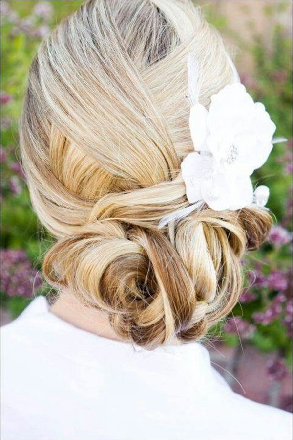 Wedding-Hair-Updos-15.jpg 600×899 pixels