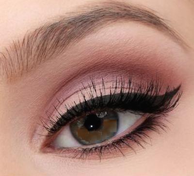 sombra rosada de ojos