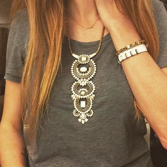 Lovely layers of white & gold on gray! We're loving this #stelladotstyle combo! Stelladot.com/laurenkarpiak