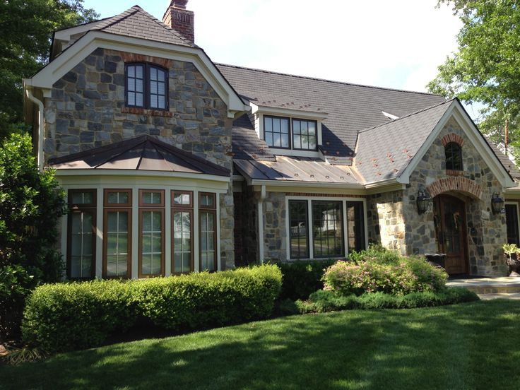 13 best images about bow windows on pinterest for Bow roof house plans