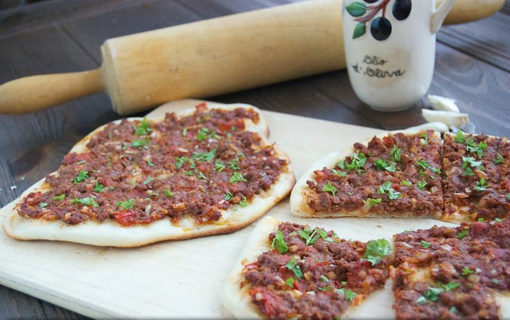 Transport yourself to Turkey with this #Turkish Lahmacun {Baharat Lamb Flatbread} #recipe