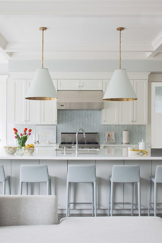 white kitchen, white & gold pendants