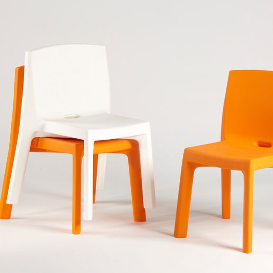Q4 chair by makeithome.pl