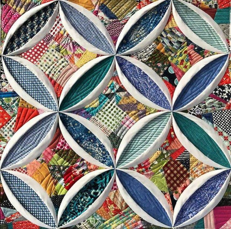 Cathedral window カテドラルウィンドウ – Patchwork Quilt パッチワークミシンキルトNakazawa Felisa 中沢フェリーサ