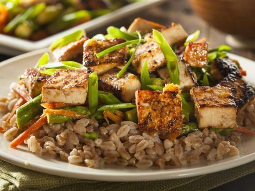 Poêlée au tofu - Recette de cuisine Marmiton : une recette