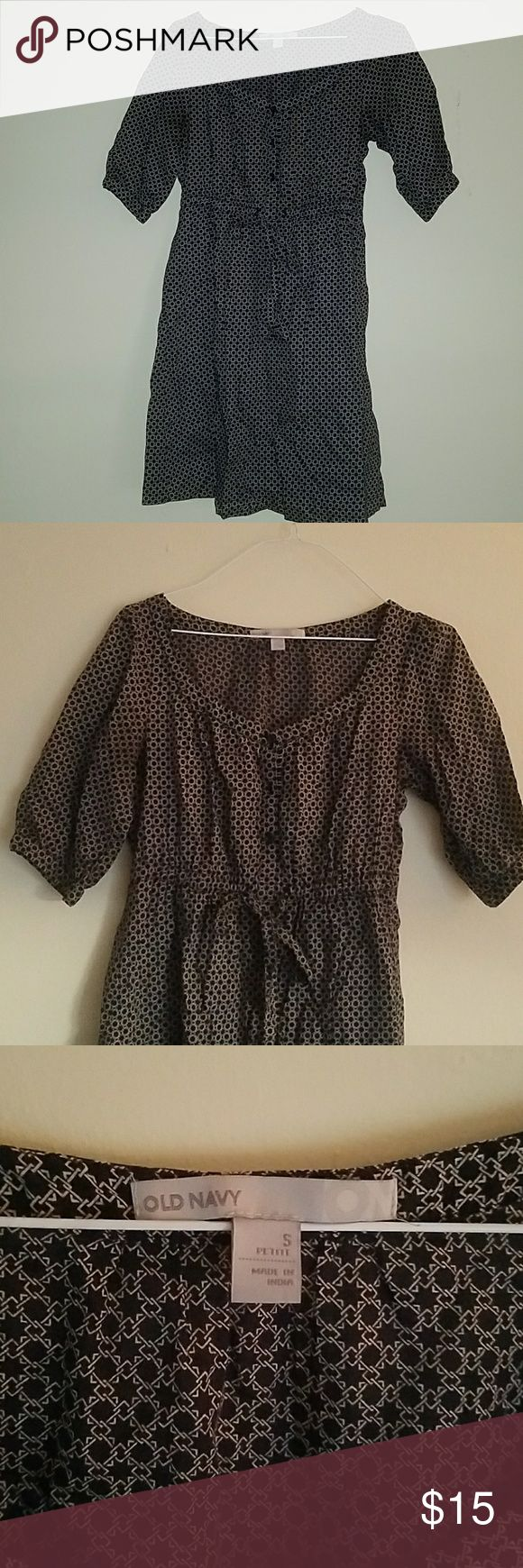 Midi length Dress Black and white dress from Old Navy. Fairly new. The size is Small in Petite. Old Navy Dresses Midi