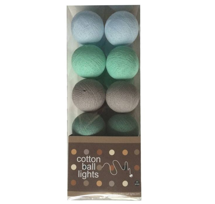 Mooie tinten voor op jongenskamer; groen,mint, grijs en lichtblauw. (Lampjes cottonball minty grey 21.50 kleinepom.nl)