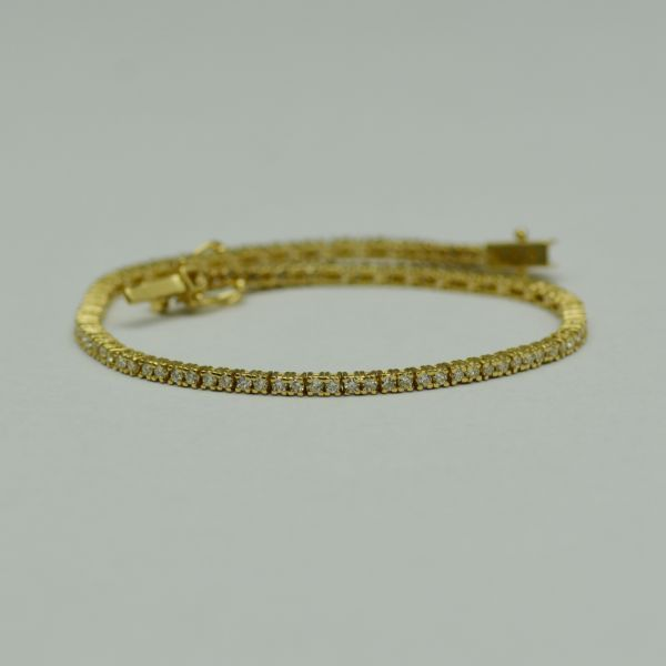 Bratara din aur galben cu diamante  #bratariauralb #brataricudiamante #diamante #diamondbracelets #diamonds