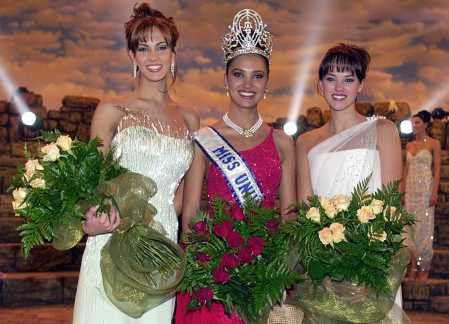 6th place - Lara Dutta - Miss Universe 2000