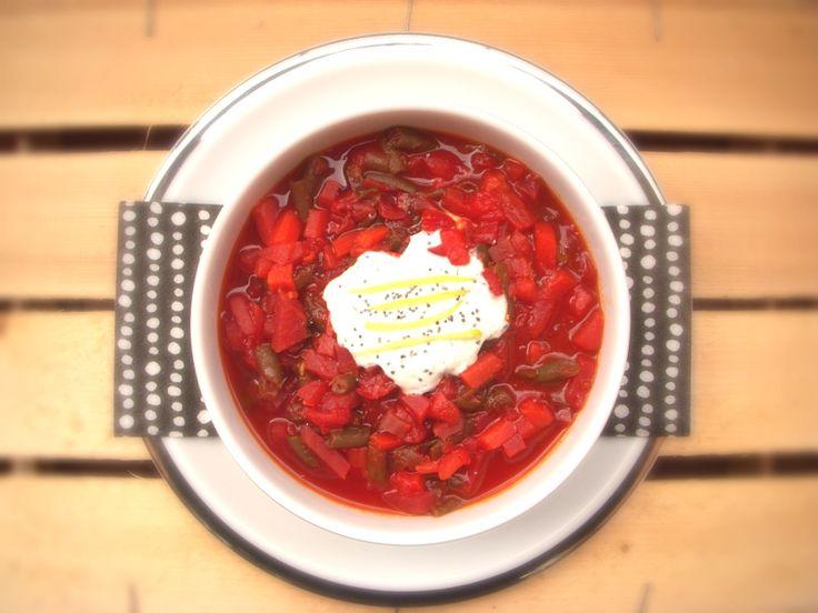 Zuppa di barbabietole (quasi un Borsch)