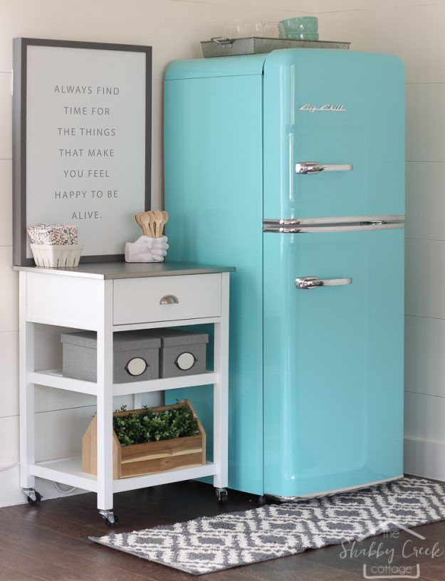 best 25 retro refrigerator ideas on pinterest vintage kitchen appliances retro stove and. Black Bedroom Furniture Sets. Home Design Ideas