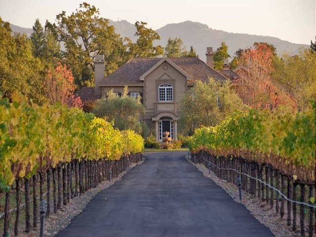 european ambiance with napa valley style for oenophiles and equestrians - Napa Styles