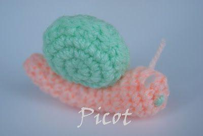 Picot - Szydełkowe Inspiracje: Jak wykonać ślimaka na szydełku - opis