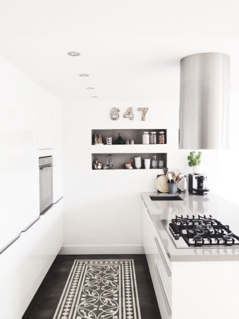 http://www.maisonbelle.nl/2014/lovely-white-kitchen/