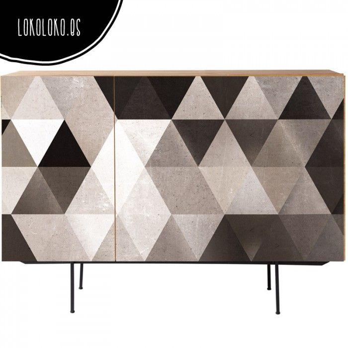 Vinilo en aparadores de triángulos grises / Grey triangles adhesive vinyl to wrap sideboards
