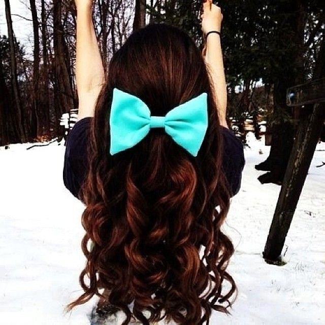 Beautiful locks!  #hair #bow #accessory #cbdsalon #waynenjsalon  (at Christina by design)