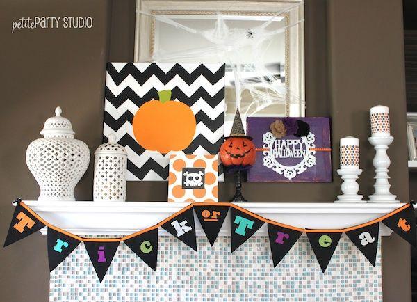 Halloween Mantel #halloween @decor @mantel