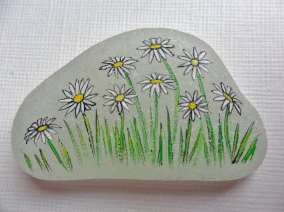 Daisies in the grass Wildflower sea glass miniature by Alienstoatdesigns, $12.75