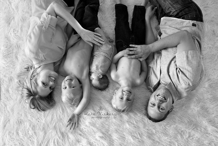 family photography, family pose, fun family session, natural light, black and white, newborn family posing, sibling posing
