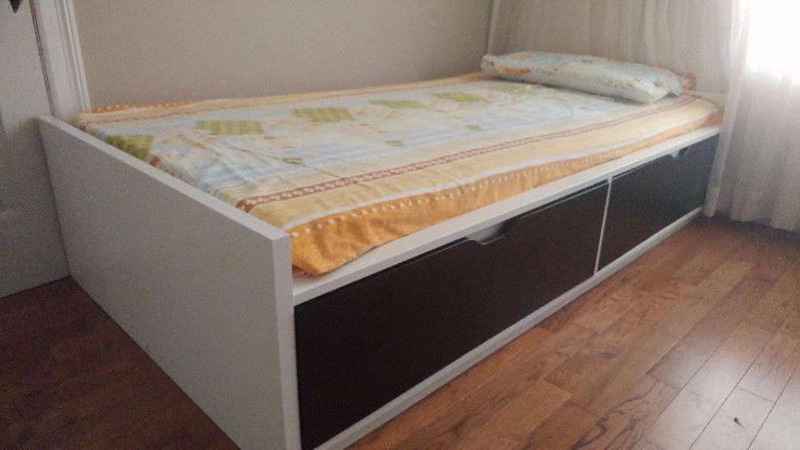 Female Room For Rent In Brampton