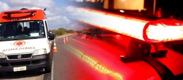 #News  Cinco pessoas ficam feridas após carro capotar na BR-381, em Careaçu