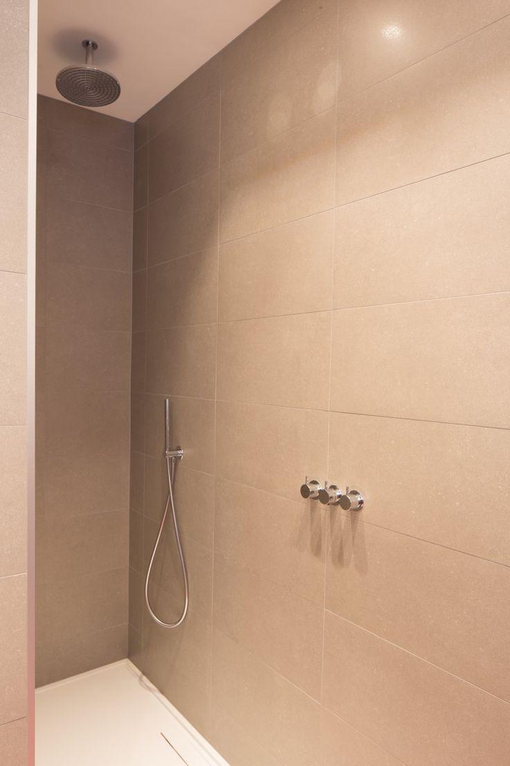 Les 143 meilleures images propos de salle de bain sur pinterest toilettes - Pommeau douche italienne ...