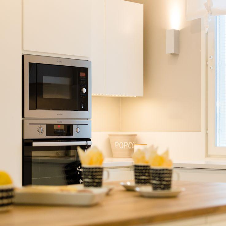 Upea keittiö kestää katseita. Laadukkaat kalusteet kestävät aikaa ja käyttöä.