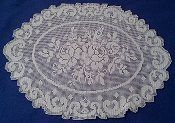 Oval tablecloth with two roses