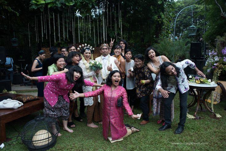 Pernikahan Jawa dengan Suasana Outdoor di Plataran Dharmawangsa -